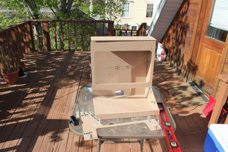 Weekend Project: Build a RetroPie Arcade Cabinet with Removable Screen assemble arcade cabinet