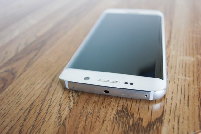 galaxy s6 edge - top