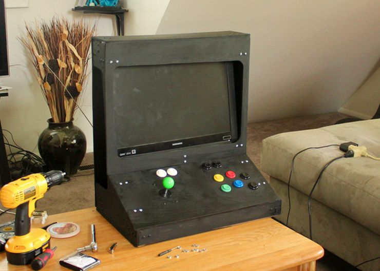 Weekend Project: Build a RetroPie Arcade Cabinet with Removable Screen retropi desktop arcade finished