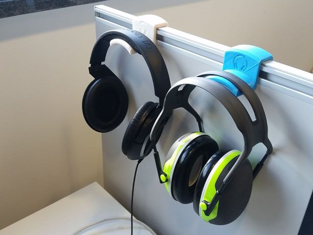 3d-print-office-headphone-hanger