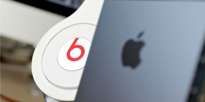 Hey Students! How to Get a Free Pair of Beats Headphones This Summer