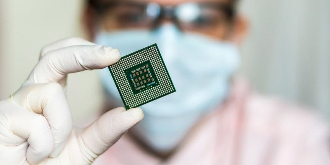 7nm IBM Chip Doubles Performance, Proves Moore's Law Through 2018
