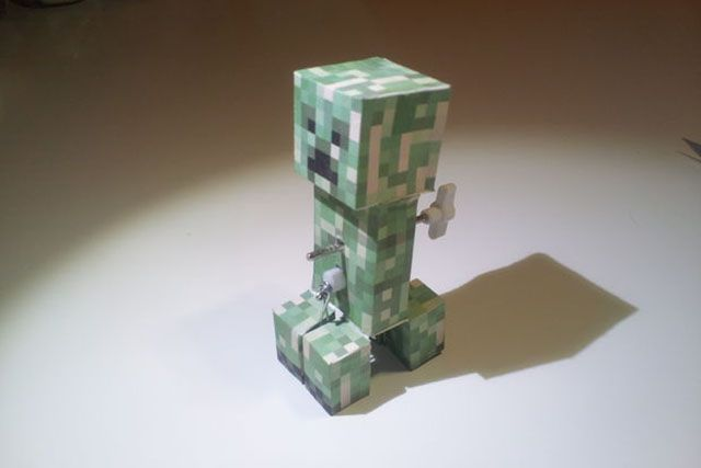 7 diy minecraft projects your kids will go mad for minecraft diy windup creeper solutioingenieria