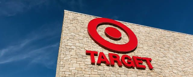 target-replaces-humans-with-robots