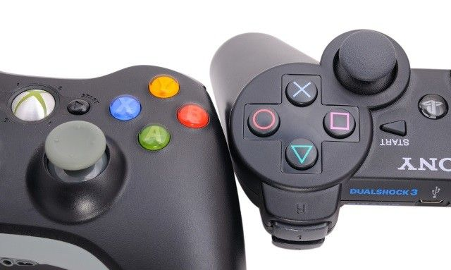 xbox playstation game controllers