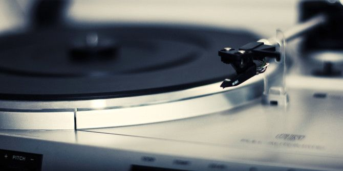 7 Things You Must Know When Buying a Vinyl Record Player