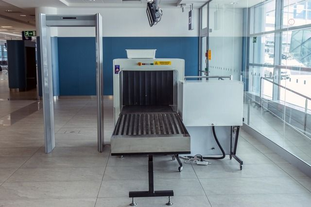 airport-security-xray