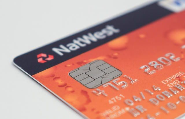 ... to create an Android application which ran on a Google Nexus 4 device,  and was able to clone the data held on Visa and MasterCard contactless cards .