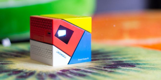 Doogee Smart Cube P1 Portable Projector Review