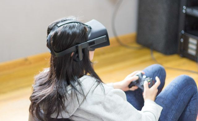 oculus rift review -9 using sitting down