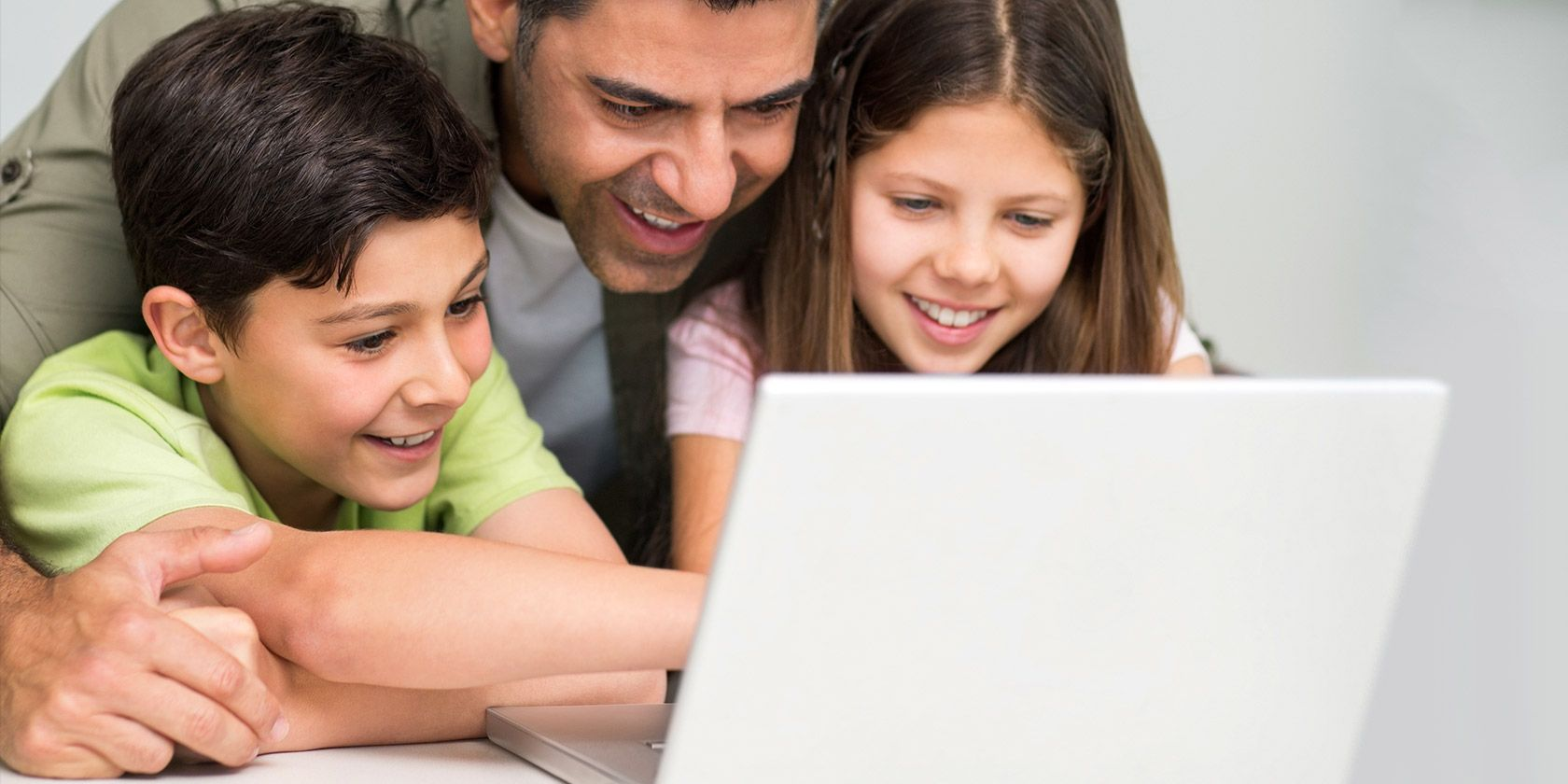 7 Family Safety Tools To Keep Your Kids Safe Online