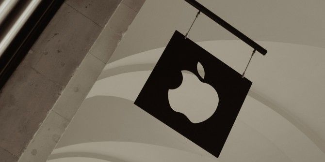 Apple Wants Apps to Offer Subscriptions, Tinder Bans Underage Users…  [Tech News Digest]