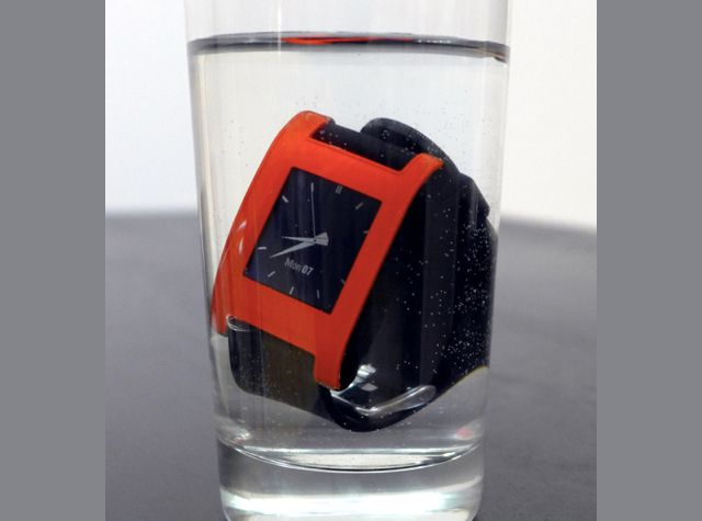 waterproof-underwater-pebble