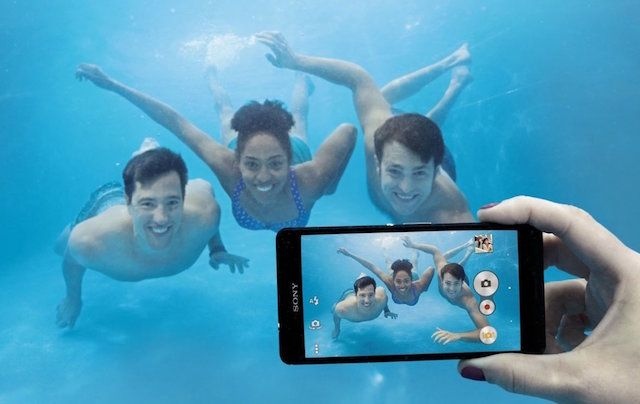 waterproof-underwater-photo