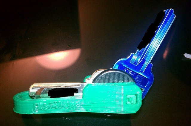 3d-printing-useful-at-home-bladekey
