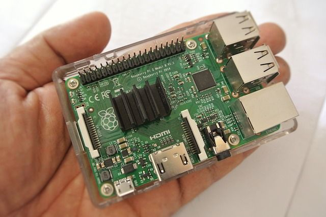 5 Causes for a Raspberry Pi That Won't Boot (And How to Fix