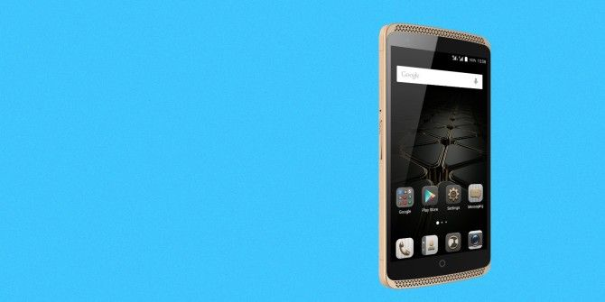 Friday Deals: Boeing-Inspired Smartphones, Customizable Wireless Speakers, and More! [UK]