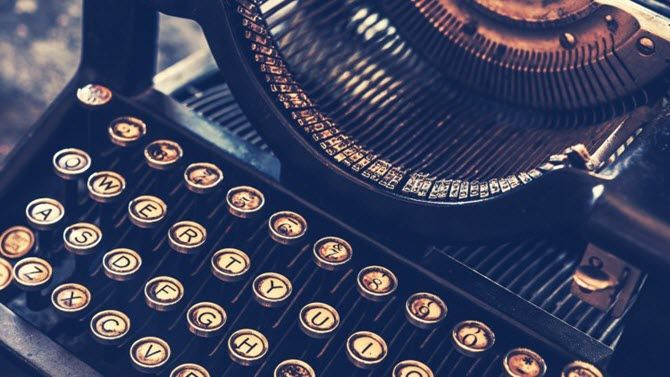 Old Fashioned Typewriter Antique