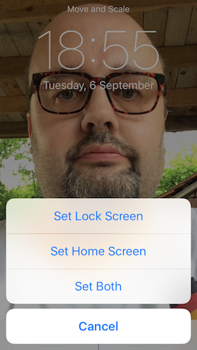 iPhone Photos App Set as Lock or Home Screen