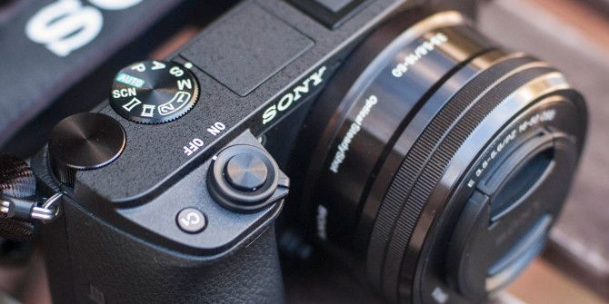 Why Mirrorless Cameras Are Great for Street, Candid, and Shy Photographers