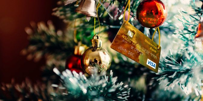 10 Ways to Ruin Your Budget This Christmas