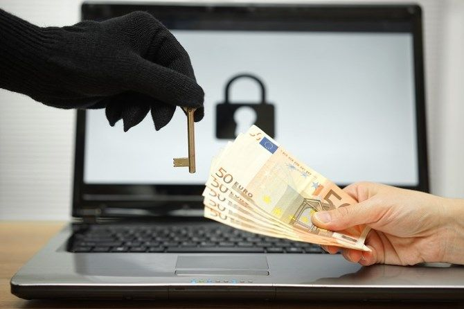 Laptop Ransomware Money for Key