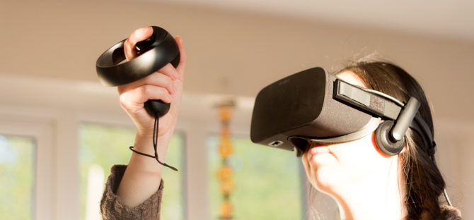 Oculus Touch VR Controllers Review Oculus Touch controllers using 670x312