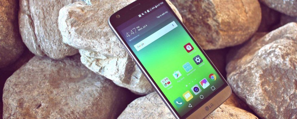 How to Lock/Unlock an Android Phone With Your Voice Using