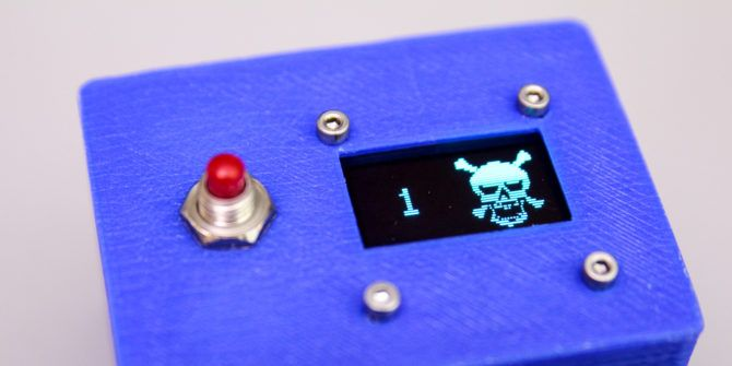 Roll in Style With This DIY Electronic D20 Die