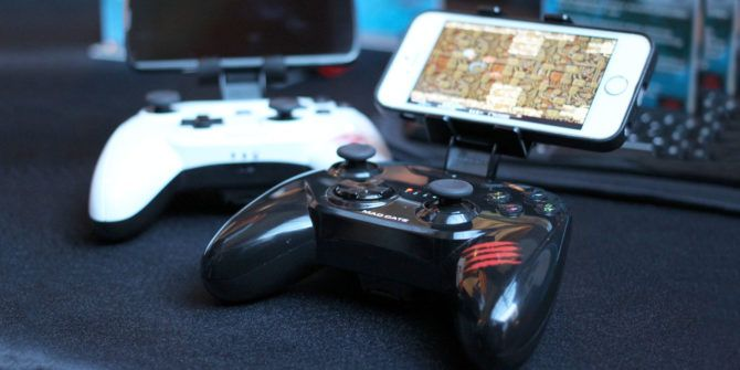 How to Hook Up a Game Controller to Your iPad or iPhone