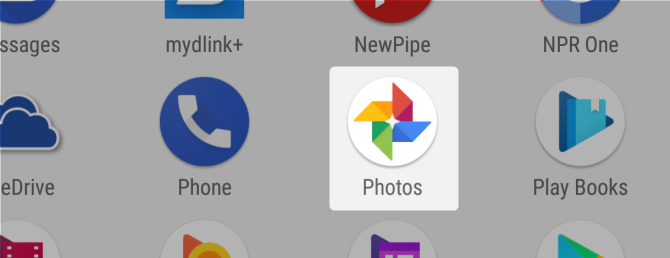 7 Free Google Services That Cost You Battery Life and Privacy google photo app launcher