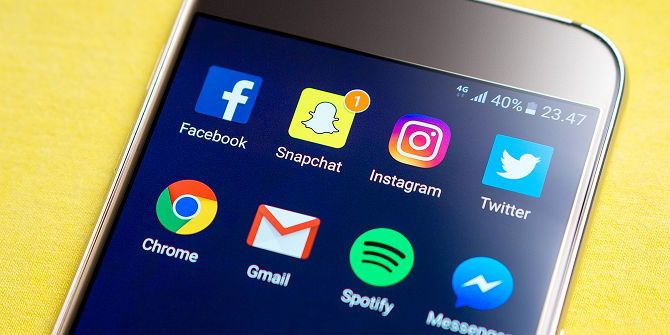 The Dos and Don'ts of Professional Networking on Social Media social media communication apps