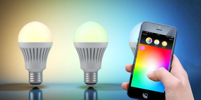 Philips Hue or LIFX? Pick the Best Smart Light Bulb for Your Home