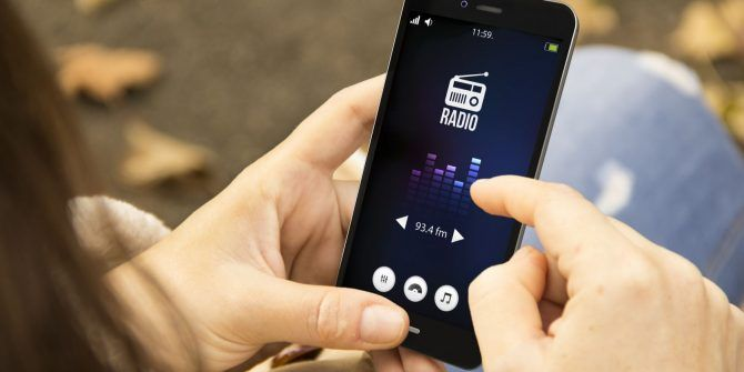How to Unlock the FM Radio Hidden on Your Smartphone