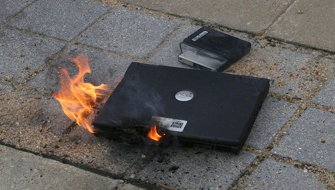 5 Things You Can Do to Silence a Noisy Laptop Fan laptop fire