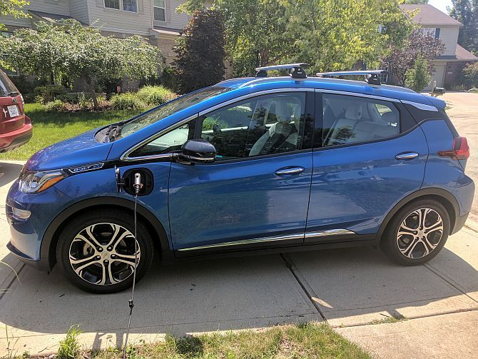 Chevy Bolt EV Hands-On: Apparently, Electric Cars Don't Suck Anymore Bolt EV8