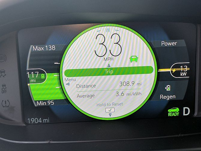 Chevy Bolt EV Hands-On: Apparently, Electric Cars Don't Suck Anymore bolt dashboard1