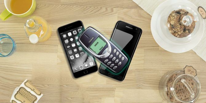 Why I Ditched My Smartphone and Bought a Dumbphone Instead