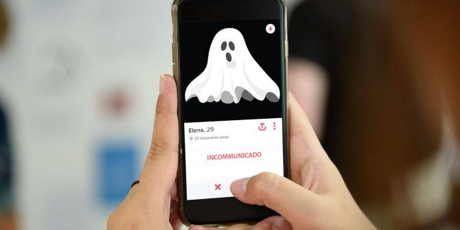 What Is Ghosting on Social Networks and How to Deal With It