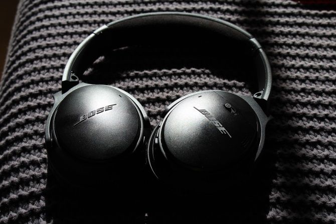Bose QuietComfort 35 II Review: Now Featuring More Google Bose QC 35 11 1 1