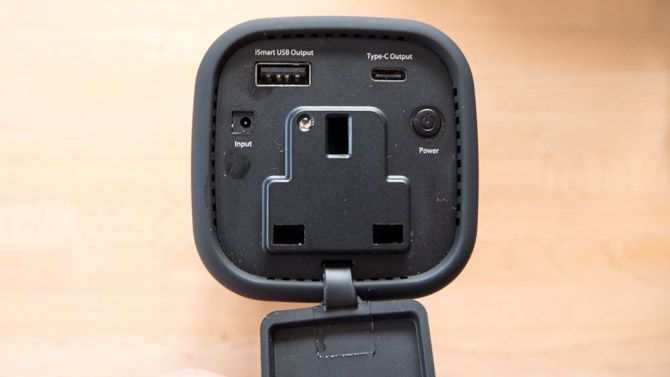 RAVPower 20100mAh AC Charger Review: Power All The Things ravpower sockets