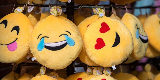 Type Emojis the Easy Way on Windows 10 With the Emoji Panel