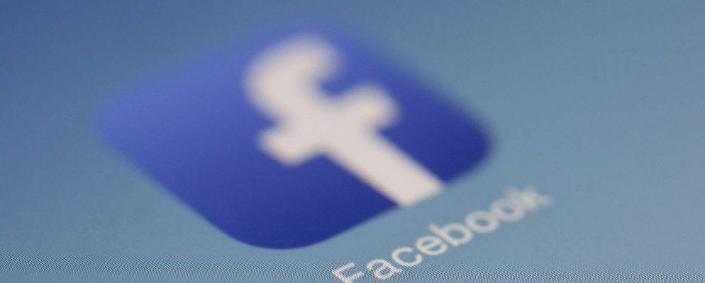 So können Sie Ihren Standortverlauf auf Facebook anzeigen und löschen
