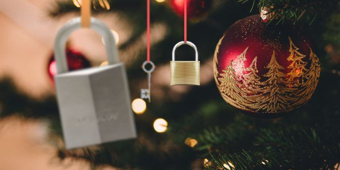 7 Christmas Gifts for Your Security-Conscious Family and Friends