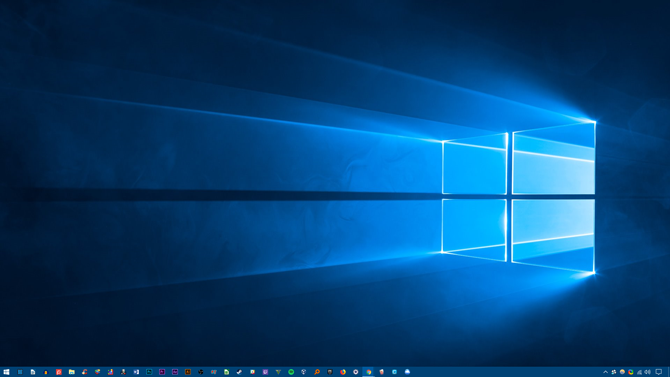 How to Customize Windows 10: The Complete Guide desktop before theme