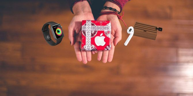 Top 11 Holiday Gifts for Apple Fanboys and Fangirls