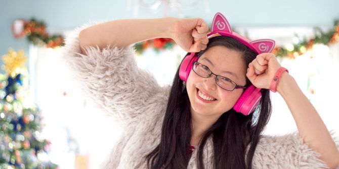 Mindkoo Unicat Cat Ear Headphones: Cute, and They Light Up