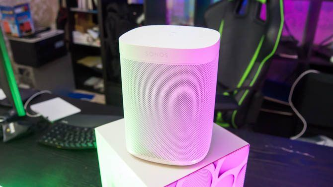 Sonos One Review: Is This the One Smart Speaker to Rule Them All? sonos one 3 670x377