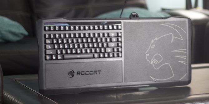 Pc gaming lapboard
