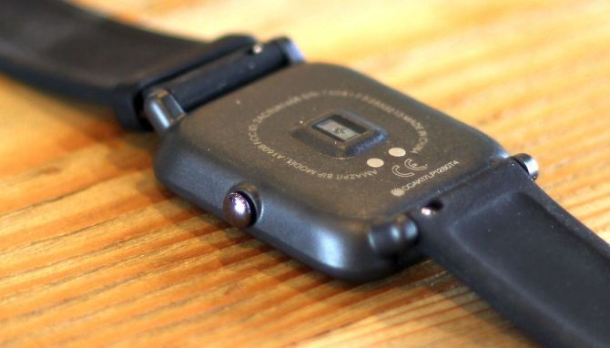 Xiaomi Huami Amazfit Bip Review: The Best Fitness Tracker You Can Buy for $100 amazfit bip button 670x382